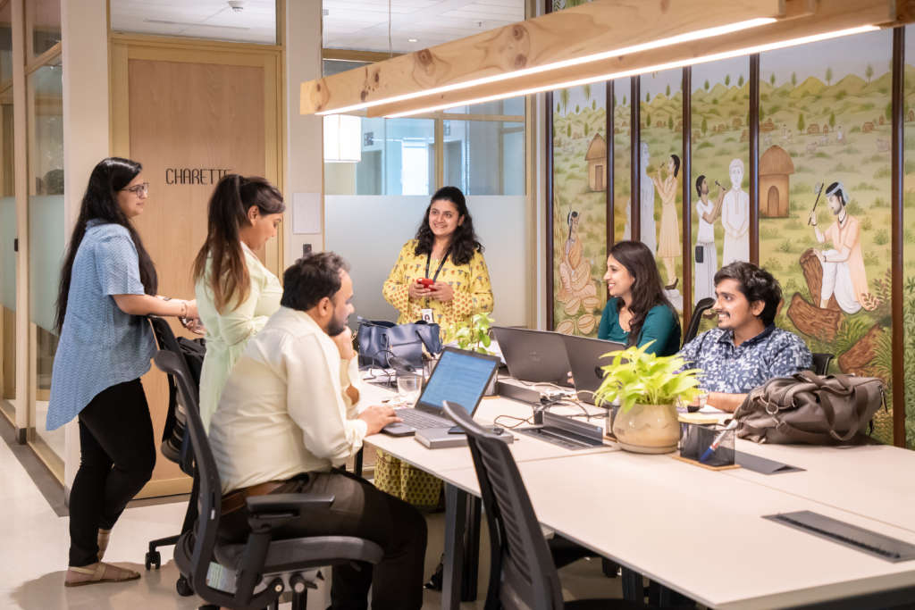 Work environment and culture at Dextrus workspace